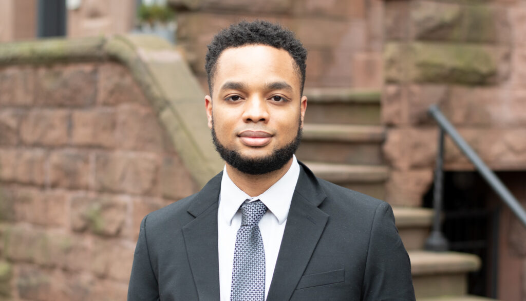 Corinth Pitt is a Licensed Real Estate Salesperson at Mont Sky Real Estate. Jayquan works with buyers, sellers and renters in New York City.